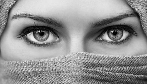 چگونه چشمانی درشت داشته باشیم؟