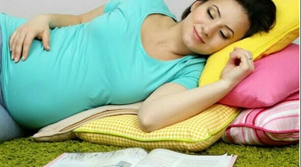 5 راه عالی برای حل مشکلات خواب در دوران بارداری