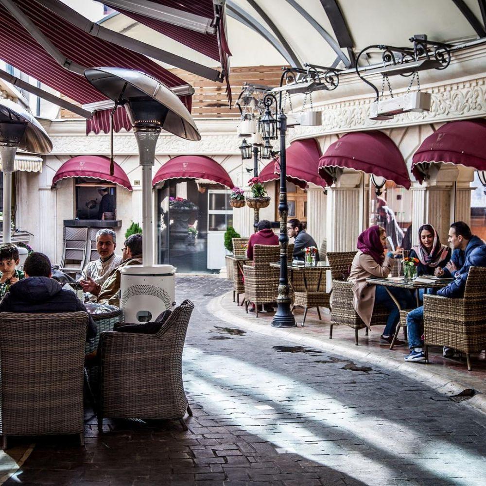 کافه ویکولو، تداعی کوچه پس کوچه های ایتالیا در ایران
