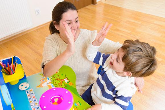 چگونه کودکانی با اعتماد به نفس داشته باشیم؟